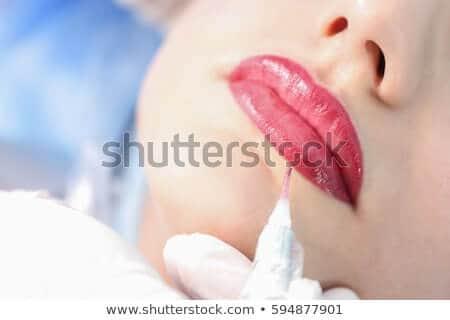 14 ngàn hình ảnh phun môi trong thẩm mỹ làm đẹp